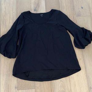 Kensie bell sleeve top Black medium